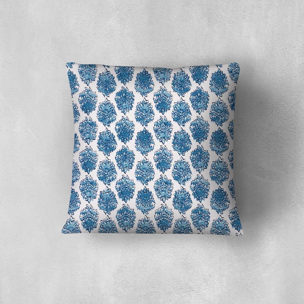 imperial-seaside-pillow-mockup.jpg